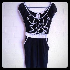 Olsenboye black and white dress size small